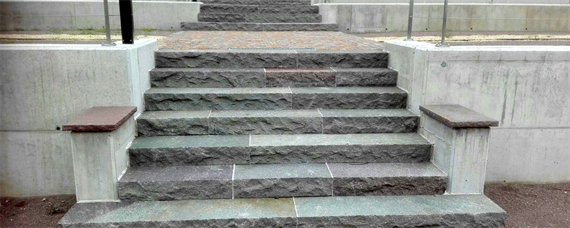 Steps with porphyry steps