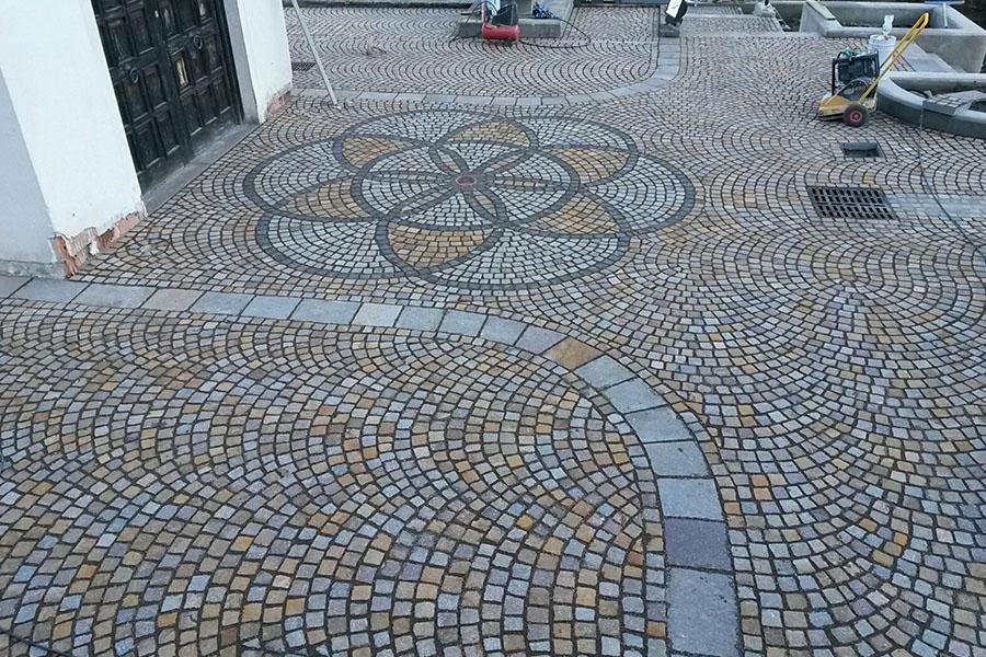 Pavimenti in porfido per esterni e interni for Porfido prezzi bricoman